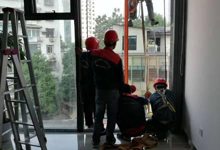超大幕墙玻璃维修