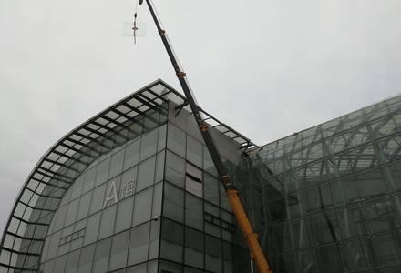 高空玻璃维修安装